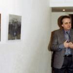 Walter Accigliaro all'inaugurazione della sua mostra personale nella galleria d'arte Il Collezionista di Roma nel 2008
